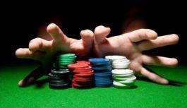 đánh bài tại casino
