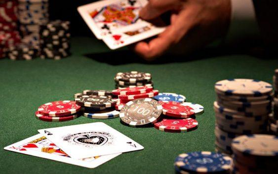 yếu tố nào cần thiết khi chơi bài baccarat trực tuyến