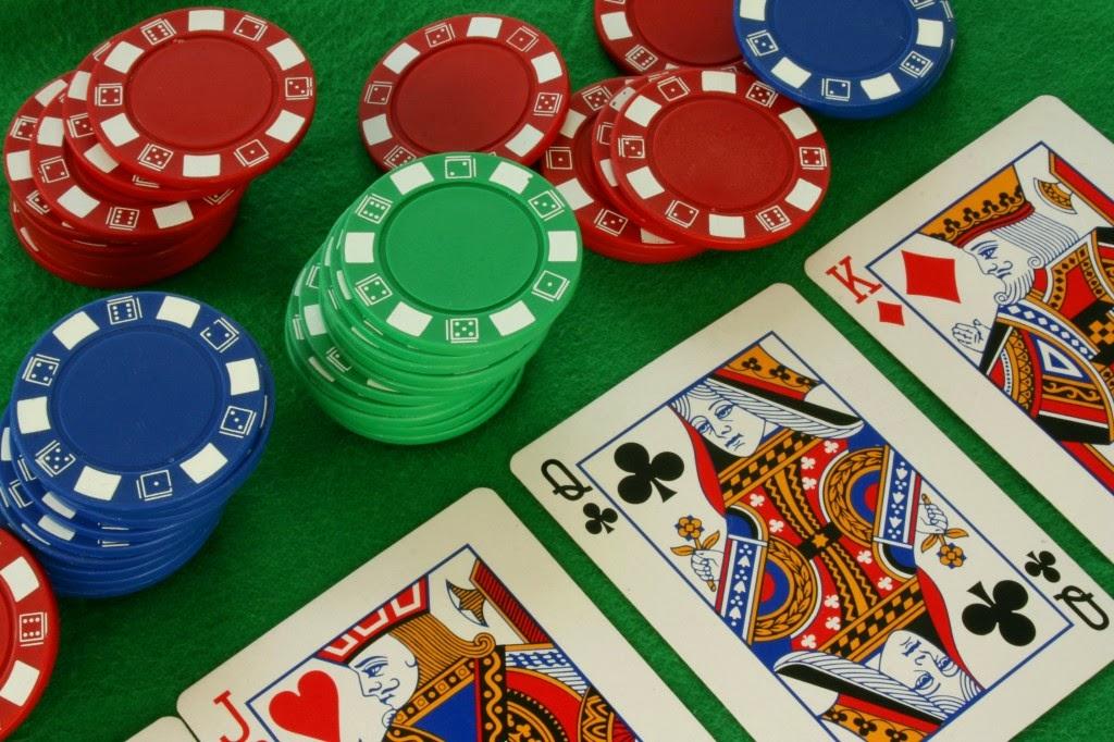 casinouytin.com/wp-content/uploads/2016/06/Cach-dat-cuot-co-ban-trong-poker.jpg