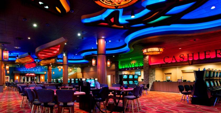 Người Việt muốn vào chơi tại sòng Casino: Mua Vé 1.000.000 đ/lượt 1