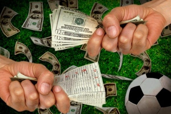Hướng dẫn cách kiếm tiền mùa Euro 2020 1