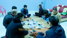 Bắt quả tang 8 đối tượng đánh bạc tại Ninh Bình, thu giữ hơn 205 triệu đồng