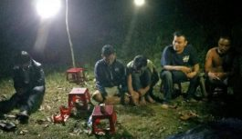 Bắt 20 đối tượng tụ tập đánh bạc trong rừng tại Quảng Nam
