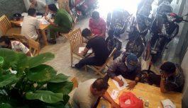 20 người tụ tập đánh bài trong căn nhà 3 tầng ở Nha Trang