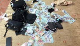 Huyện Quốc Oai xem xét, xử lý Chủ tịch xã đánh bạc với cán bộ y tế