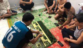 Bắt quả tang sòng xóc đĩa tại Quảng Ngãi có nhiều cán bộ tham gia