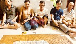 Đột kích ổ bạc ở làng quê Hà Tĩnh trong đêm, bắt giữ 5 đối tượng