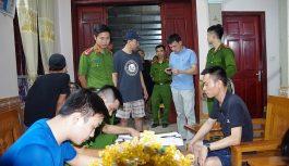 Đồng loạt khám xét 12 tụ điểm lô đề tại Hưng Yên