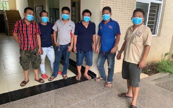 Bắt quả tang 6 đối tượng đánh bạc tại Hà Nội