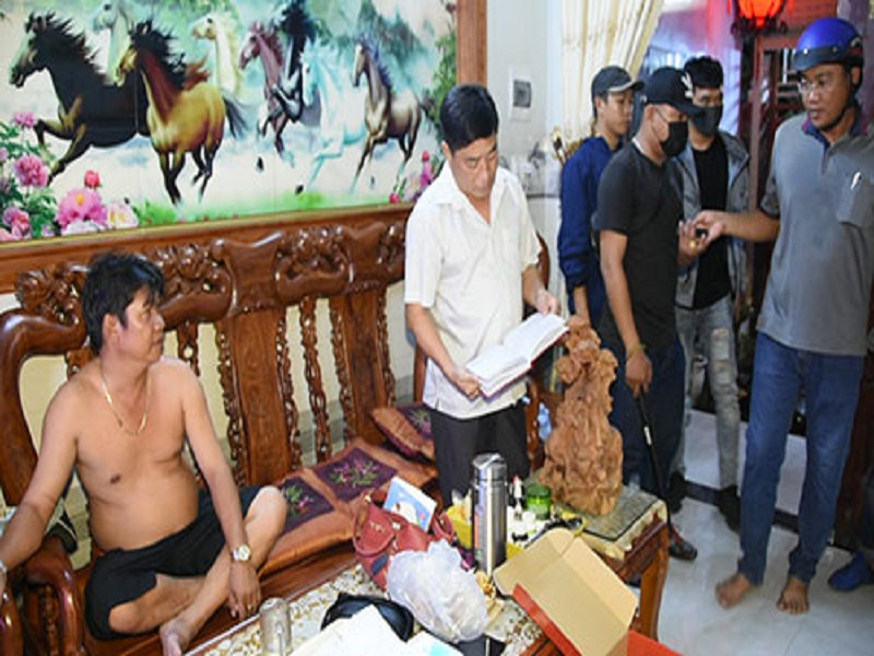 Triệt phá đường dây bán số đề quy mô lớn tại thị xã La Gi, Bình Thuận