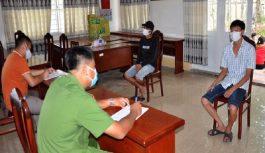 Bắt giữ 15 con bạc tị Kiên Giang, thu giữ 20 triệu đồng