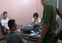 Bắt quả tang 11 người đánh bạc trái phép tại Nha Trang có người nước ngoài tham gia