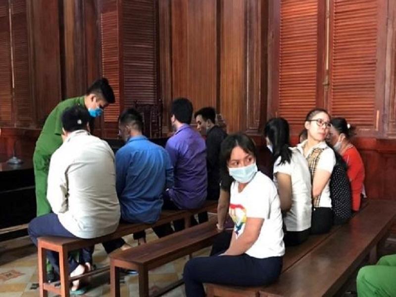 Tuyên án nhóm bị cáo đánh bạc bằng bài cào Ấn Độ