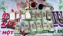 Bắt giữ 39 nam nữ sát phạt tại sòng bạc của đối tượng biệt danh Cu Chim
