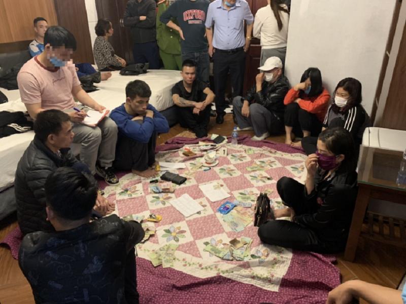 Công an Hạ Long triệt phá ổ đánh bạc lưu động trong nhà nghỉ