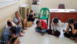 Vây bắt sới bạc ở TP Hồ Chí Minh, tạm giữ 14 người
